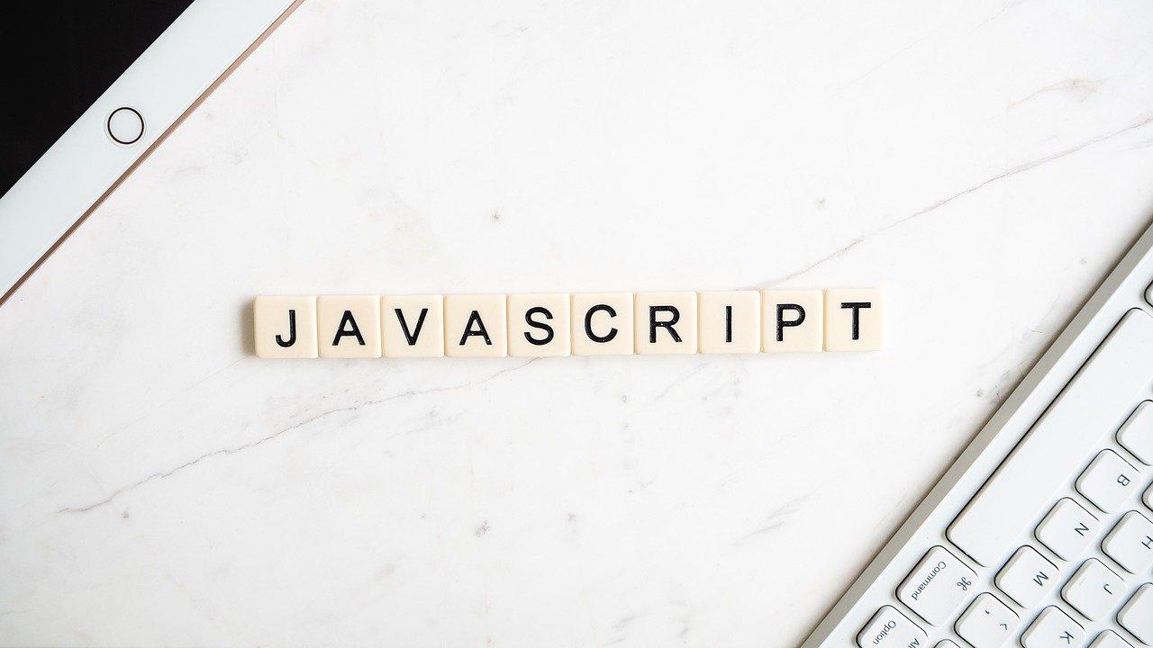 ランダムな名前をつくるJavaScript